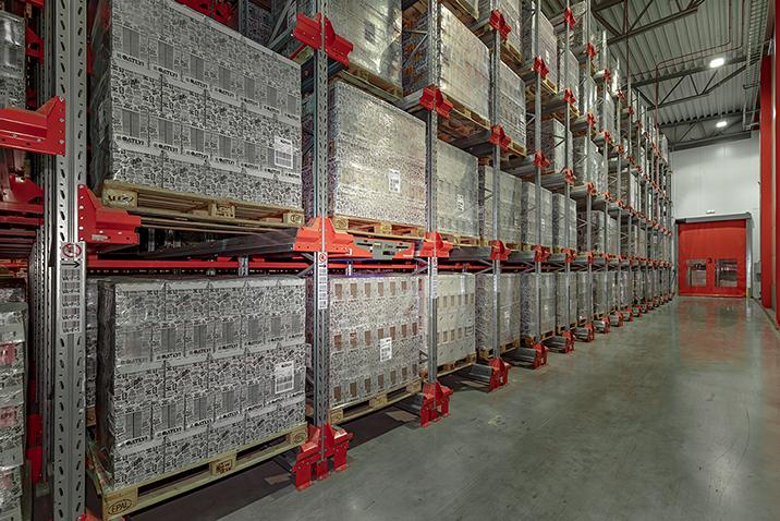 Radioshuttle™ pomáhá společnosti Oatly zvýšit kapacitu skladu